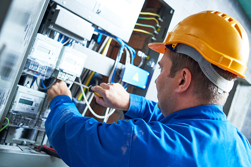 Become An Electrician in Sheffield South Yorkshire