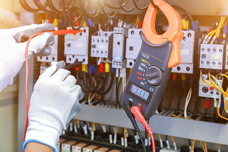 How To Become An Electrician in Sheffield South Yorkshire